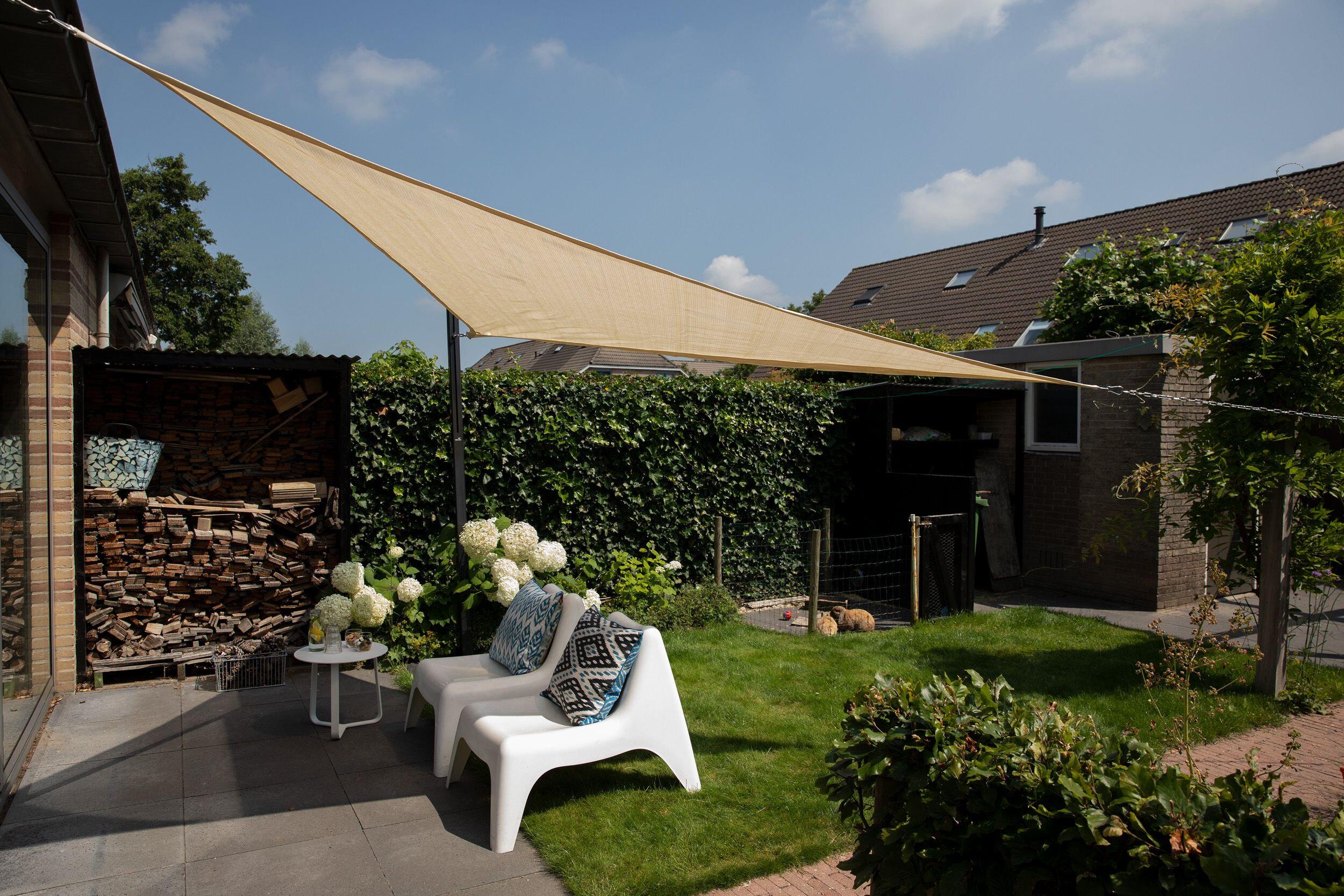 Coolfit schaduwdoek driehoek 90° (4 x 4 x 5.7 meter)